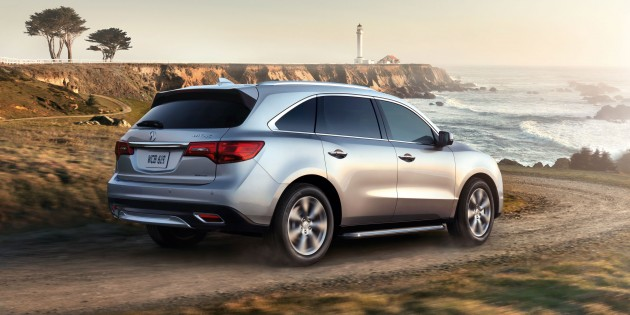 "2015 Acura MDX: redefining ""standard"" options"
