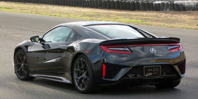 First 2017 Acura NSX Auctioned for $1.2 Million